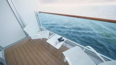 Balcony of deck of ship with transparent handrail chairs for two — 图库视频影像