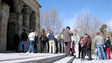 Tourists stand in queue that to look at temple Debot — Stock Video