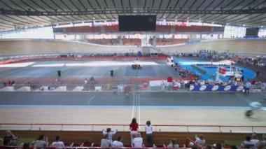 Stadium in Krylatskoe at UCI juniors track world championships — Stock Video