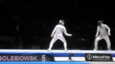 Women compete on championship of world in fencing — Stock Video