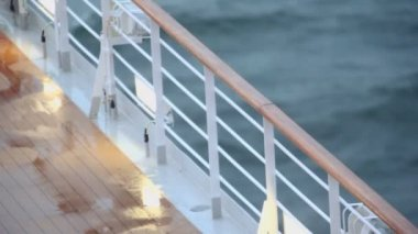 Light and fence with handrail on deck of ship — Stock Video