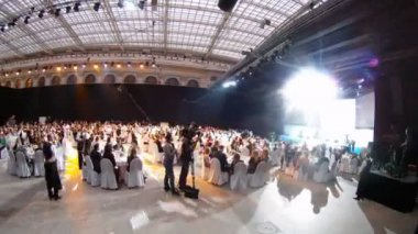 People sit on Ceremony of rewarding of winners of EFFIE 2011 — Stock Video