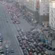Cars stand in traffic jam on TverskayStreet in afternoon — Stock Video #32379189