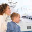 Mother, son and white ship — Stock Photo #7447388