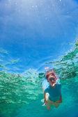浮潜的女人 — 图库照片