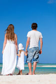 Family on a tropical vacation — Stock Photo