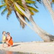 Mother and daughter on a beach — Foto Stock