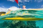 Madre e figlio kayak — Foto Stock