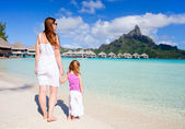 Family on Bora Bora vacation — Stock Photo