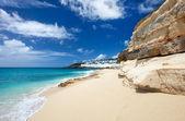 пляж cupecoy на st martin карибского бассейна — Стоковое фото
