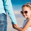Father and daughter holding hands — Stock Photo