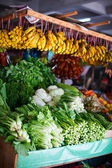 Different herbs at market stall — Foto Stock