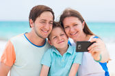 Family vacation portrait — Stock Photo