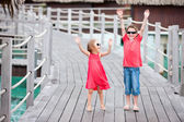 Two kids at resort — Stock Photo