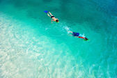 Mother and son snorkeling — ストック写真