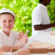 Kids making pizza — Stock Photo