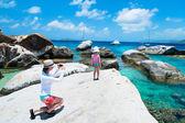 Tourist at Caribbean coast — Stock Photo