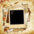 Vintage background with polaroid frame and autumn leaves — Stock Photo