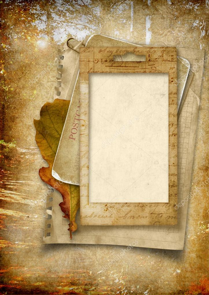 Vintage background with old photo frame and with autumn leaves — Stock Photo #13314272