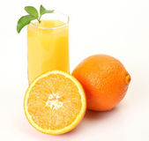 Ripe oranges and juice for a healthy feed — Stok fotoğraf