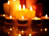 Brinnande ljus — Stockfoto