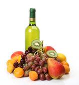 Ripe fruit and wine — Stock Photo