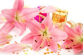 Box with a gift and pink lilies — Stok fotoğraf
