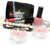 Perle e cosmetici decorativi — Foto Stock