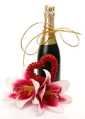 Wine and heart — Stock Photo