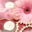 Pink flower and candles — Stock Photo #47237605
