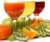 Fresh fruit and juice — Stock Photo