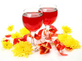 Flowers and wine — Stock Photo