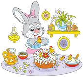 Bunny cooks a holiday cake to Easter — Stock Vector