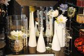 Vázy s květinami — Stock fotografie