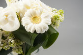 White wedding bouquet in a vase — Stock Photo