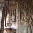 Apsara on the wall of Angkor Wat in Siem Reap, Cambodia. — Foto de Stock   #51655665