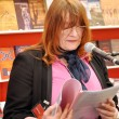 Author presenting her book at Leipzig Book fair — Stockfoto