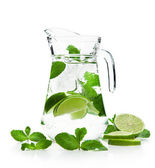 Refreshing mojito — Stock Photo