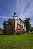 Church of St.Paraskeva Piatnitsa in the Marketplace. 1207 — Stock Photo