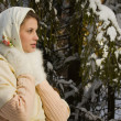 Russian beautiful girl in the winter forest — ストック写真