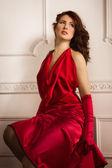 Moda donna in abito rosso — Foto Stock
