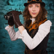 Steam punk tjej med kikare — Stockfoto #22302159