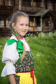 Young girl in Russian national dress — 图库照片