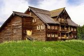 Casa campesina, isla kizhi, rusia — Foto de Stock