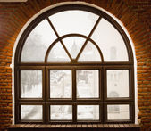 Vintage window and brick wall — Foto Stock