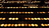 Burning candles in the St. Stephan cathedral — Stock fotografie