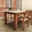 Table and chairs in patio — Stock Photo