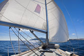 """Wing and wing"" sailing on the yacht — Stock Photo"
