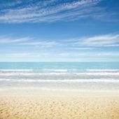 Tropical resort beach — Stock Photo