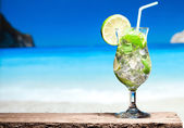 Cocktail with lime and mint — Stock Photo